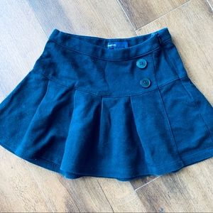 Gap kids navy uniform knit skirt sz s (4-5)